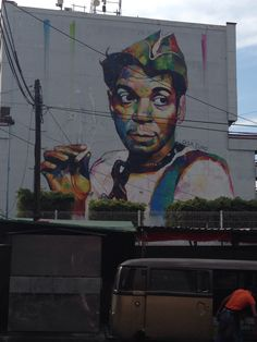 Mural de Cantinflas en la Glorieta de la Normal. Guadalajara, Jalisco.