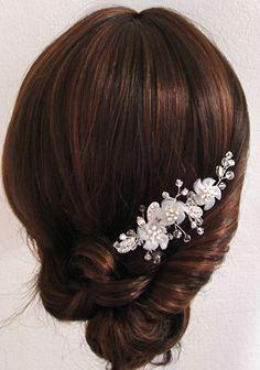   • Accesorios para el cabello •  