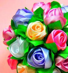 Gorgeous ribbon rose bouquet with kanzashi technique // Szalag rózsa csokor kanzashi (szalaghajtogatás) technikával // Mindy - craft tutorial collection Diy Ribbon, Ribbon Crafts, Flower Crafts, Ribbon Rose, Diy Crafts, Paper Flower Wreaths, Paper Flowers, Radish Flowers, Fathersday Crafts