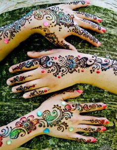 Beautiful Glitter Mehndi Designs For Hands