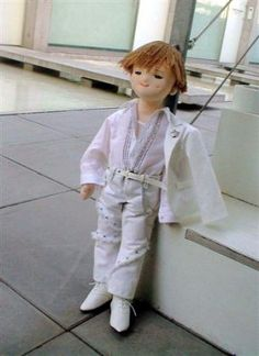 free pattern & tutorial for -How to sew a boy doll