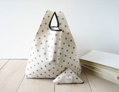 polka dots shopping bag / minimal tote / beige cotton shopper / gray polka dot bag / triangle folded bag / edge in black ribbon / 1 piece.