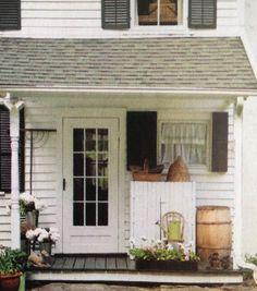 Cute little porch....