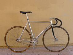 cannondale Track Bike | 90's chrome CANNONDALE track bike 53cm photo