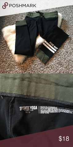 VS pink leggings These are leggings that look like joggers! I love them but I don't have anything to style with the green!          💙All Items 8 dollars or more are negotiable 💙I do not use any other sellers app 💙Ask any questions you wish about any of my products  💙Bundles are more negotiable  💙Happy poshing PINK Victoria's Secret Pants Leggings