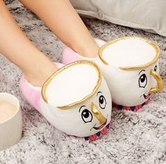 Cozy winter slippers – Just Trendy Girls Primark, Winter Slippers, Cute Slippers, Disney Slippers, Girls Sports Clothes, Disney Furniture, Bedroom Slippers, Mickey Y Minnie, Disney Beauty And The Beast