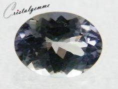 Tanzanite forme ovale de 1.55 carat