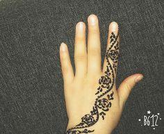 Henna mehndi mehendi tatto hand india