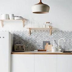 Hexagonal wit marmer met grijze aders wand - & vloertegel 5 x 5 per m2