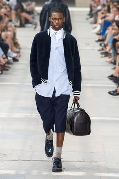 Louis Vuitton Spring 2018 Menswear Collection Photos - Vogue
