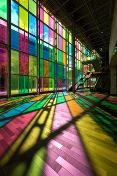 Palais des congrès de Montréal by h ssan on Flickr.