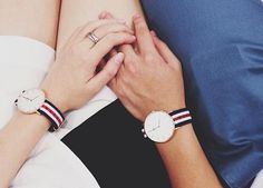 Daniel Wellington's Classic Canterbury is a timeless wrist watch with a white dial and rose gold details, perfectly matched with the playful Canterbury NATO strap. Canterbury, Stylish Watches For Girls, Trendy Watches, Daniel Wellington Women, Bracelet Nato, Couple Hands, Couple Watch, Couple Jewelry, Nato Strap