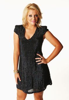 """Lauren Alaina Releases New Single """"Eighteen Inches"""" To Country Radio http://www.countrymusicrocks.net/2012/06/lauren-alaina-releases-new-single-eighteen-inches-to-country-radio.html#"""