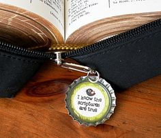 """""""I know the scriptures are true"""" zipper pull (Under My Umbrella) Activity Day Girls, Activity Days, Bottle Cap Crafts, Bottle Caps, Lds Church, Church Ideas, Young Women Activities, Lds Primary, Under My Umbrella"""