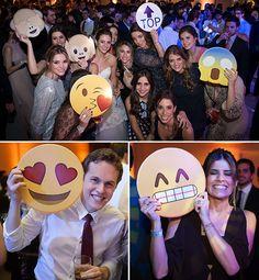 plaquinhas-divertidas-pista-de-danca-casamento-emoticon-lukka-online-4