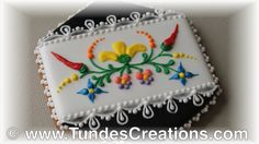Hungarian folk art cookies, black 5