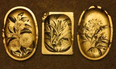 Platouri din lemn, decorate, schlagmetal auriu, gravat, forme si dimensiuni diferite.