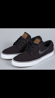 competitive price 78fb4 13f94 Janoski Black, Nike Sb Janoski, Sneakers Fashion, Fashion Shoes, Sneakers  Nike,