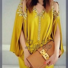 Gandoura i WC I loved to own this African Fashion Dresses, African Dress, Indian Dresses, Fashion Outfits, Kaftan Designs, Kaftan Style, Caftan Dress, Estilo Abaya, Mode Abaya