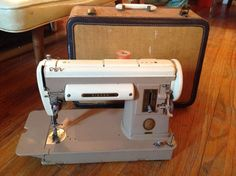SINGER 301a SHORT TAIL slant needle sewing sew machine very nice quilting