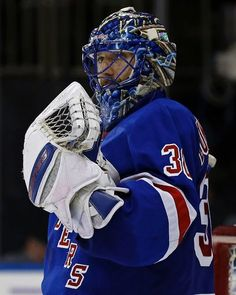 New York Rangers goalie Henrik Lundqvist celebrates after defeating the Winnipeg Jets in an NHL hockey game, Sunday, Nov. 6, 2016, in New York. The Rangers won 5-2. (AP Photo/Adam Hunger)