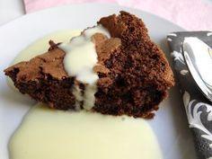 Tarta de chocolate con cremainglesa