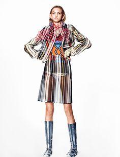 f3c04c39c Publication: 10 Magazine Spring/Summer 2016 Model(s): Molly Bair  Photographer(s): Richard Burbridge Fashion Editor: Sophia Neophitou Hair  Stylist: Yannick ...