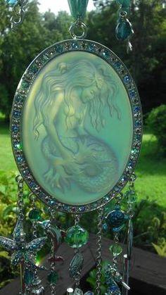 RETIRED Kirks Folly Lorelei Mermaid Magic SUNCATCHER