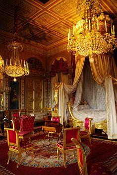 lostzhang:  Chambre de l'impératrice by Conférencier on Flickr.