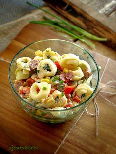 Sałatka z tortellini i kabanosem – Zjem to! Orzo, Tortellini, Pasta Salad, Potato Salad, Potatoes, Yummy Food, Breakfast, Ethnic Recipes, Olympus