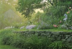 Tasha Tudor's Garden by Tovah Martin, photographed by Robert Brown as seen on linenandlavender.net, see full post:  http://www.linenandlaven...
