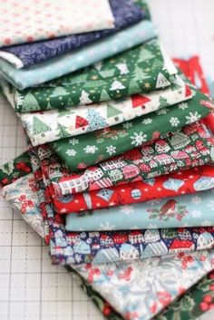 A Festive Collection - Christmas quilting cottons from Liberty of London Christmas Quilt Patterns, Star Quilt Patterns, Christmas Sewing, Christmas Fabric, Christmas Quilting, Christmas In England, London Christmas, Modern Christmas, Strip Rag Quilts