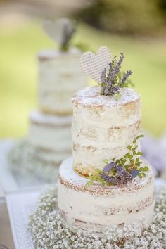 We work with each bride and groom to create a custom wedding cake that is personalized and special. Scratch baked to order for your unique gourmet experience.