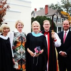 Yesterday, St. Margaret's celebrated the installation of its eleventh head of school, Lindy Williams. Bishop Shannon Sherwood Johnston, Board Chair Bill Tyson, former Board Chair and Chair of the Head of School Search Committee Carrie Baldwin '81 and former Head of School Margaret Broad were on hand to celebrate. Congratulations, Lindy! Stay tuned for more pictures from this festive occasion.  viewbook.sms.org