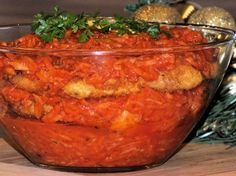 Ryba po grecku Polish Recipes, Polish Food, Food To Make, Salsa, Delish, Food And Drink, Mexican, Meat, Chicken