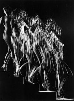 "denise-puchol:  nude descends a staircase""  gjon mili 1943"