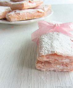 Biscuits Rose de Reims e um iogurte encantador