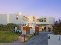 Hollywood Villas: Modern Multi Million Mansion On Sunset Strip, California