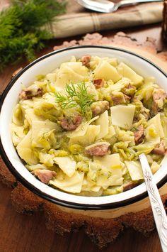 Łazanki z młodą kapustą i kiełbasą Polish Recipes, Polish Food, Kielbasa, Tortellini, Pasta Salad, Cabbage, Easy Meals, Food And Drink, Tasty