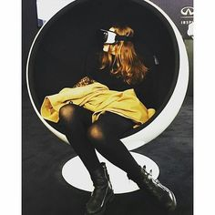 An awesome Virtual Reality pic! Shared from @naomichasse: Girl meets world #thefuture #vr #virtualreality #oculusrift #oculus #samsung #oculusvr #gearvr #games #gaming #tech by oculus check us out: http://bit.ly/1KyLetq