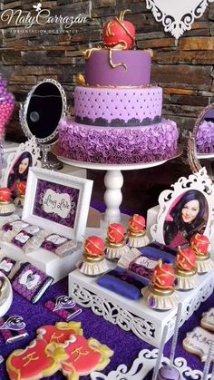 """Disney Descendants cake and party ideas. READ IT:  http://grown-up-disney-kid.tumblr.com/post/131599306934/how-to-throw-a-wickedly-evil-descendants-party I'm A Grown-Up Disney Kid — How To Throw A Wickedly Evil""""Descendants"""" Party,..."""