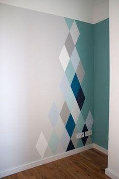 motifs losange peint sur mur