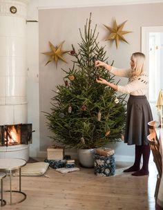 Scandi Christmas, Small Christmas Trees, Christmas Time, Christmas Decorations, Xmas, Table Decorations, Christmas Ideas, Hygge Home, Christmas Inspiration