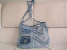 Associação Praça das Artes - DF: Novos exemplos de bolsas jeans - Sônia Beatriz
