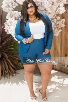 Plus Size 2-Piece Blazer Set w/ Shorts in Stretched Denim Fabric – Chic And Curvy