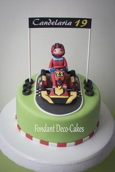 Fondant: Torte Kart-Pilotin / Torta Corredora de Karting Fondant, Karting, Birthday Cake, Sport, Cars, Desserts, Food, Food Cakes, Manualidades