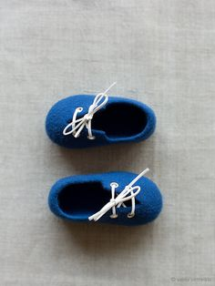 Wool booties Children slippers Boy Christening shoes Deep blue wool booties Felted slippers Kids booties home shoes Baby shower gift