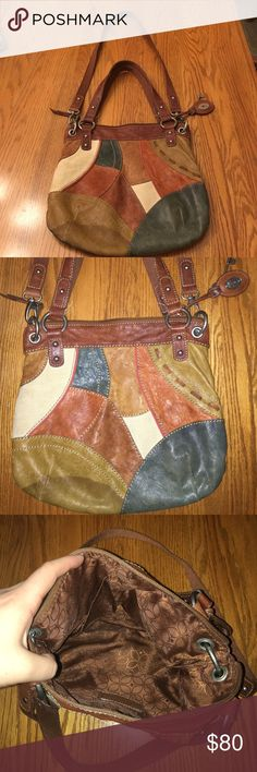 Fossil Cross Body Bag Fossil cross body bag with long and short straps. This purse is a perfect size! Not too small and not too large. Shows minimal use. Fossil Bags Crossbody Bags