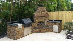 Outdoor Kitchen by Brandel Masonry in Fort Lauderdale, Florida.