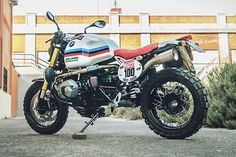 With the success of the original BMW R nineT you can't blame the big Bavarian for wanting to cash in on the success of the model. To do that they've increased the line up to five variants all designed to appeal to various sectors of the market. While many categories enable them to get away with cosmetic changes, the desire to pay homage to the original all-terrain long-distance enduro G/S...